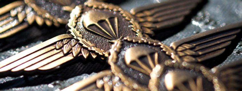 Budeswehr Soldat Versicherung SAZ Berufssoldat Einkommen Rente